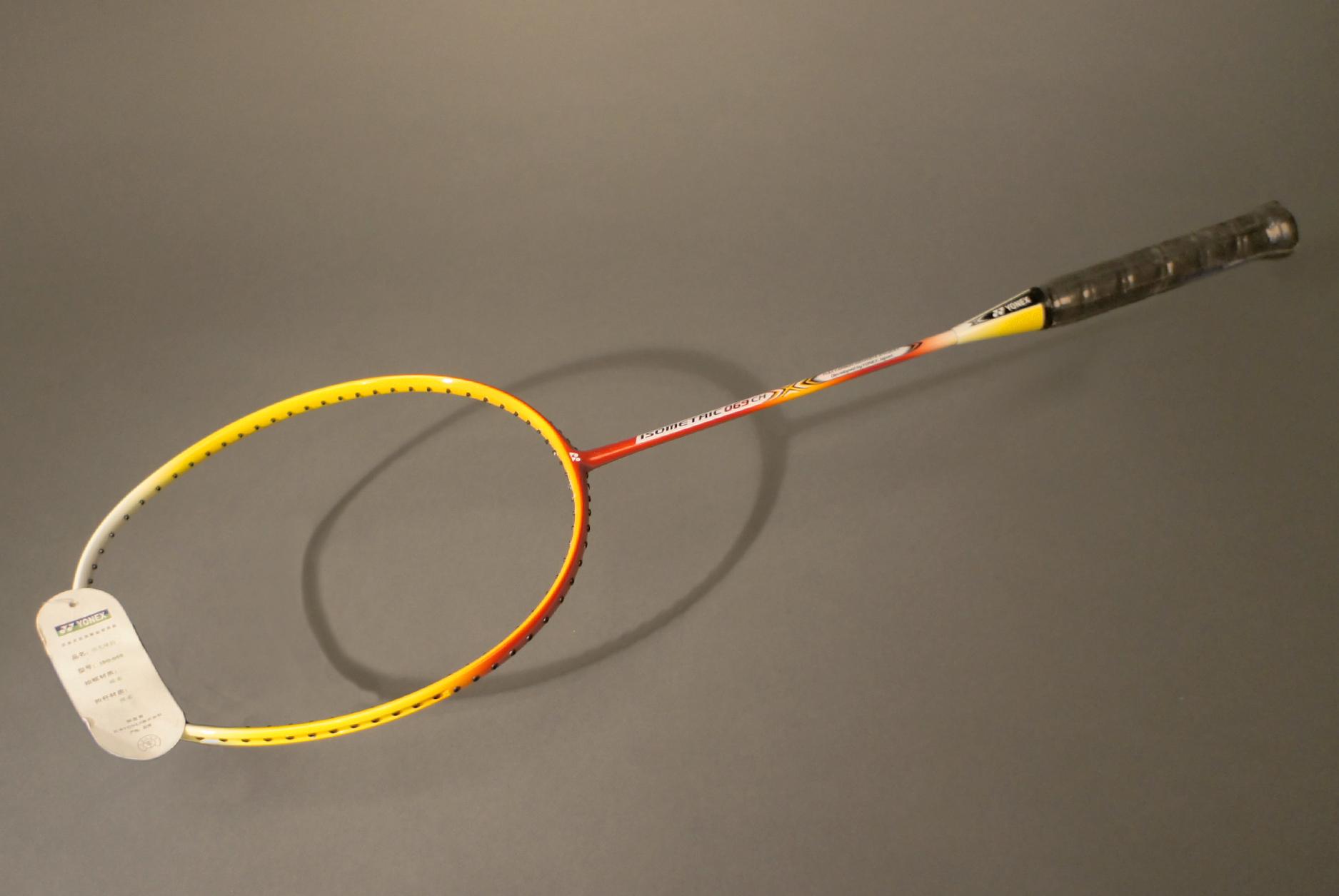 Ракетка для бадминтона Yonex Isometric 69